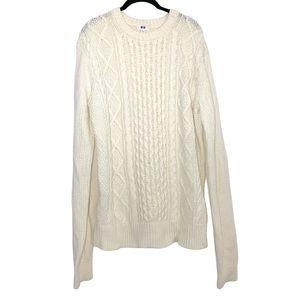 UNIQLO | Soft Cream Crew Neck Cable Knit Sweater